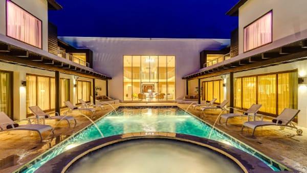 Blog: CHIC Mansion at Royalton CHIC Punta Cana Resort & Spa image